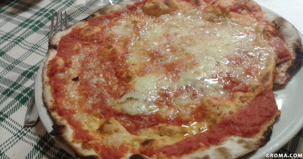 Roma, pinsa e pizza romana, sorelle d'impasto