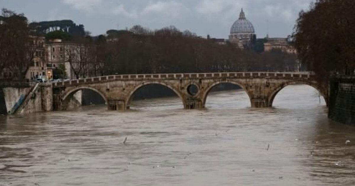 Inondazioni del Tevere, quando Roma diventava come Venezia